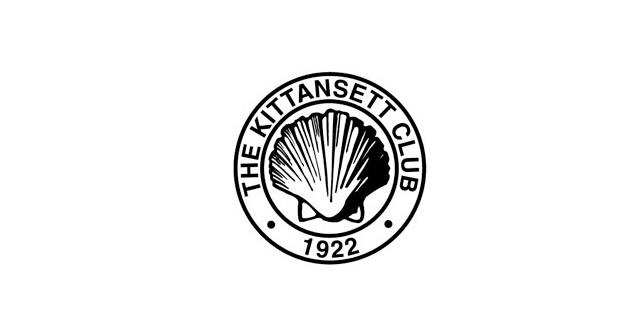 """基坦斯特高尔夫俱乐部 这是全美百佳球场,位于马萨诸塞州海岸线上,因此以简单的贝壳作为商标的主造型十分切题。圆形的外轮廓传达出邀请、欢迎的意思,加黑的大写字母和球场成立时间""""1922""""的字样,让你直观感觉球场的深厚底蕴。而且圆形不仅代表友善,同时也是高尔夫球的形状。黑白色调的设计简洁有力,有浑然一体的感觉和效果。"""